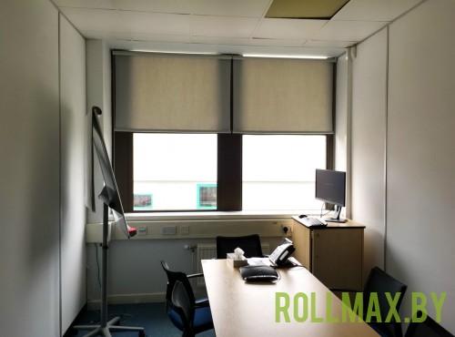 Рольшторы в офис №09