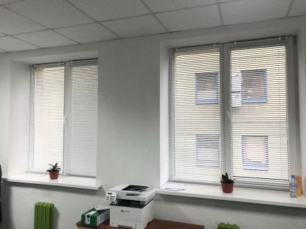 Жалюзи в офис №04