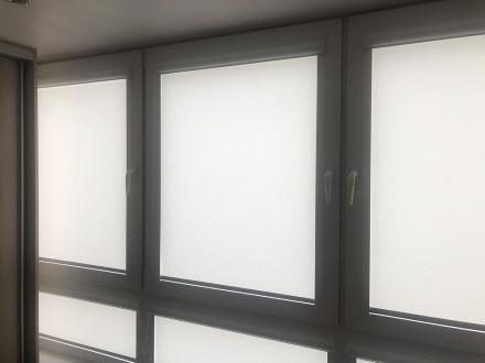 Рольшторы на балкон №08